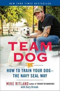 Team Dog Comment dresser votre chien à la manière bleu marine