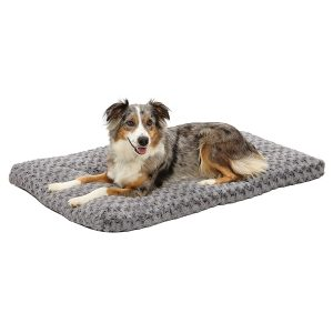 Midwest Homes For Pets Deluxe Super Plush Small Pet Bed