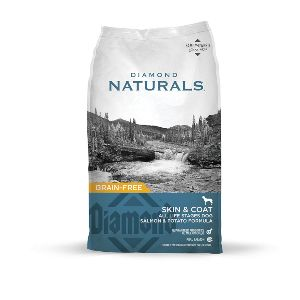 Diamond Naturals Skin & Coat Real Meat Recipe Dry Dog Food With Wild Caught Salmon