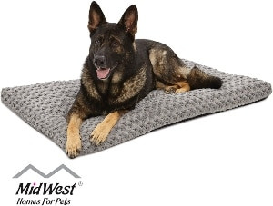Midwest Homes For Pets Deluxe Super Plush Pet Beds, Machine Wash & Dryer Friendly, 1 Year Warranty (1)